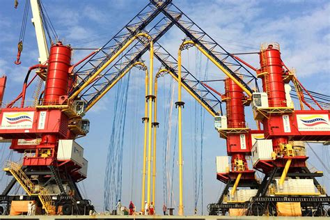 ship unloader experienced supplier of pneumatic unloader ship unloader