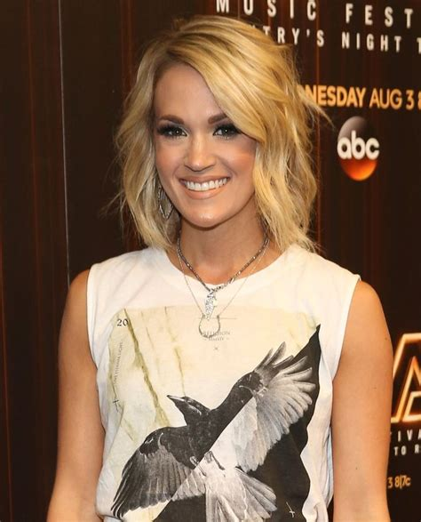 carrie underwood 2016 body 25 best ideas about carrie underwood haircut on pinterest