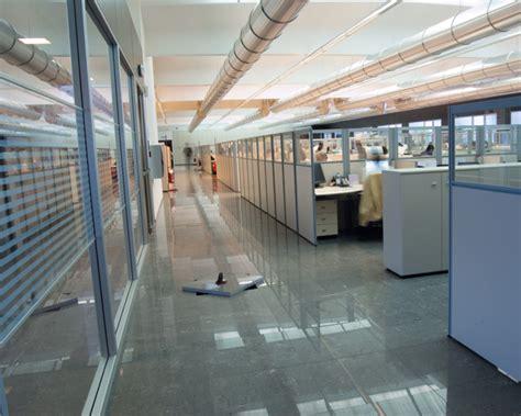 pavimento ufficio pavimenti sopraelevati per ufficio ufficio design italia