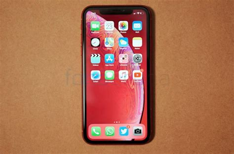 apple iphone xr edition unboxing and photo gallery