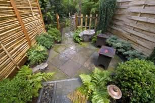 Galerry simple garden design ideas for small gardens