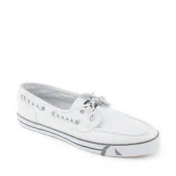 nautica boat shoes mens nautica del mar low mens boat shoe
