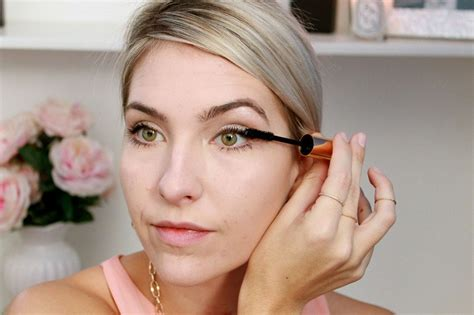 Jenis Dan Eyeliner 4 jenis eyeliner dan cara aplikasinya okezone lifestyle