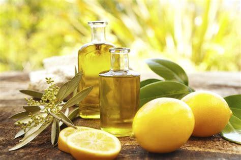 huile cuisine les huiles essentielles en cuisine nana turopathe