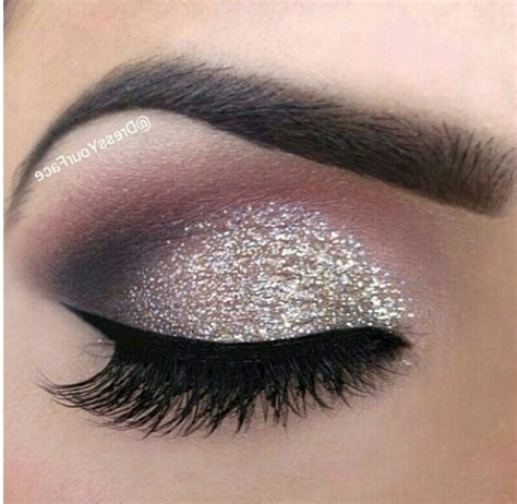 Eyeshadow Silver smoky eye makeup tutorial for winters waves