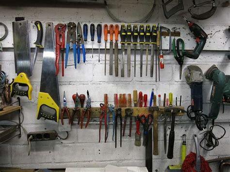 arredare un garage come arredare il garage idee consigli mobili utensili