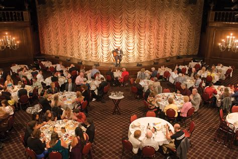 leftovers or nouvelle cuisine dinner theatres evolve - Dinner Entertainment