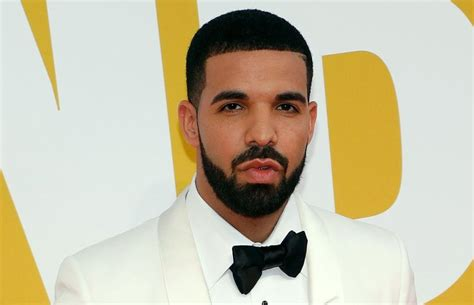 drake moon part haircut drake moon part haircut best taper fade haircuts for men
