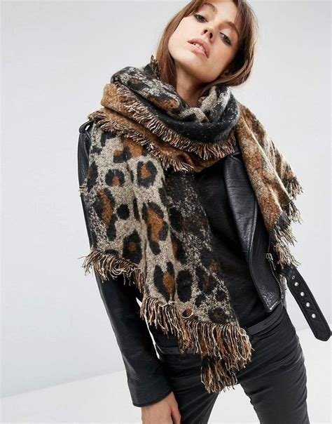 Trend Alert Leopard Print Scarves by 25 Catchiest Scarf Trends For In 2018 Scarves