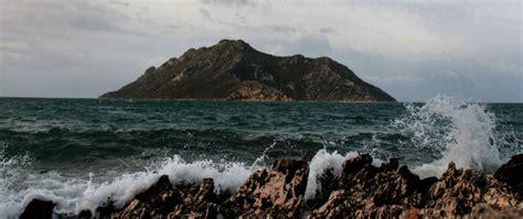 acquisto isole greche come comprare un isola greca il post