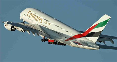 voli interni australia emirates to launch a380 flights to mumbai in july