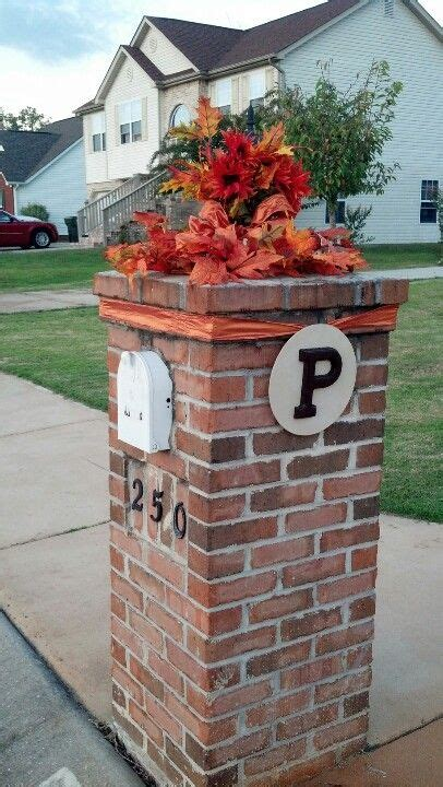 favorite fall mailbox decorating ideas decor to adore