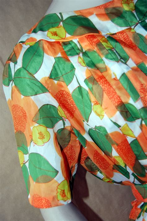 Orange Dress 15774 vintage 1950s stylish print orange flower crepe de retruly