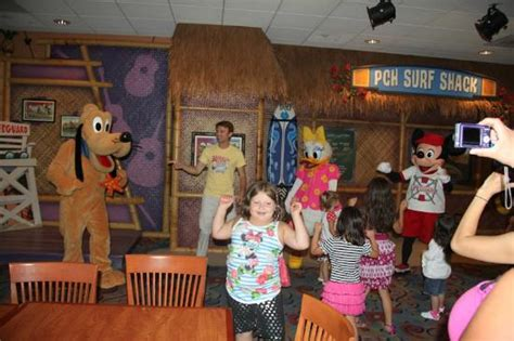 Pch Grill - dance party with the characters picture of disney s pch grill anaheim tripadvisor