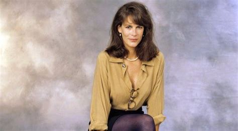 jamie lee curtis she is my inspiration for graying jamie lee curtis photos from young age