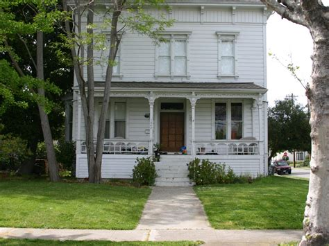 creating curb appeal creating curb appeal before and afters curb appeal hgtv