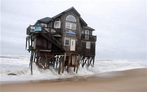 while the seas rise in the outer banks and elsewhere in nc