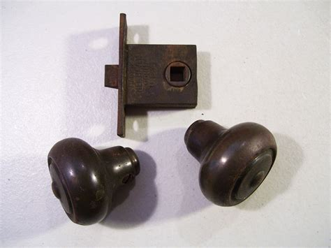 Door Knob Latch Assembly 1920 s sargent door knob latch assembly antique