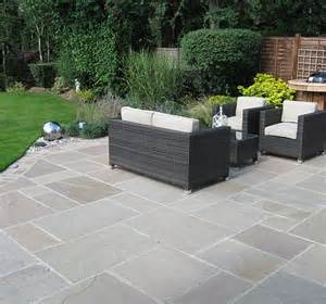 out door patio curved patio greenspace garden design