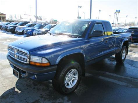 Buy used 2004 Dodge Dakota Sport Plus Extended Cab Pickup