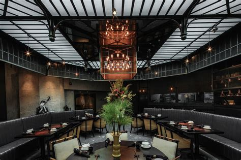Mott 32 restaurant review ? bringing sexy back to Chinese