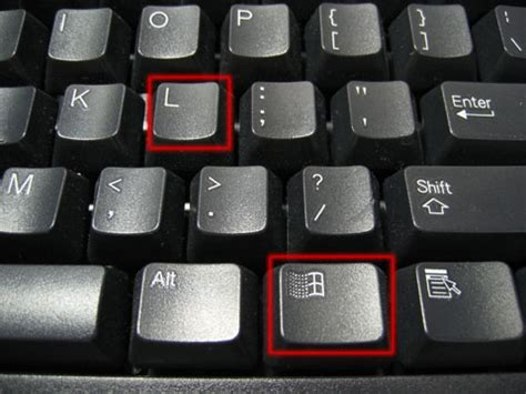 Keyboard L by Lock You Session