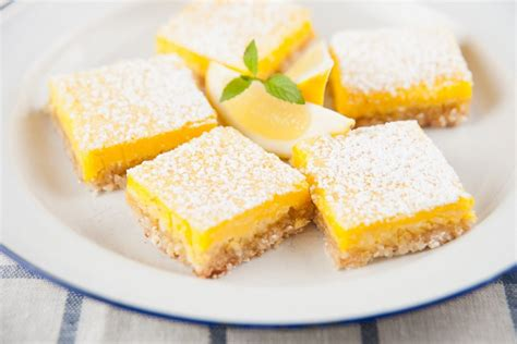 28 luscious lemon dessert recipes