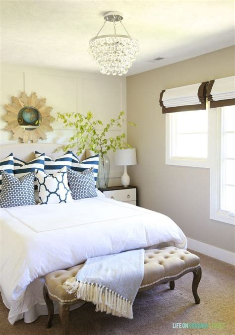 blue guest bedroom 17 best ideas about blue green bedrooms on pinterest