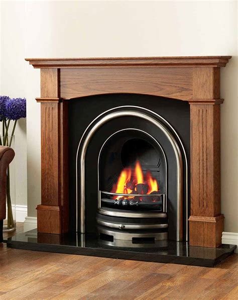 White Wooden Fireplace Surround   FIREPLACE DESIGN IDEAS