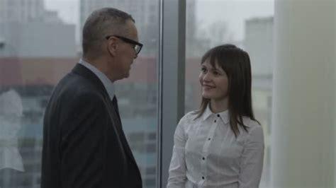 segretaria in ufficio segretaria e il suo capo flirt in ufficio