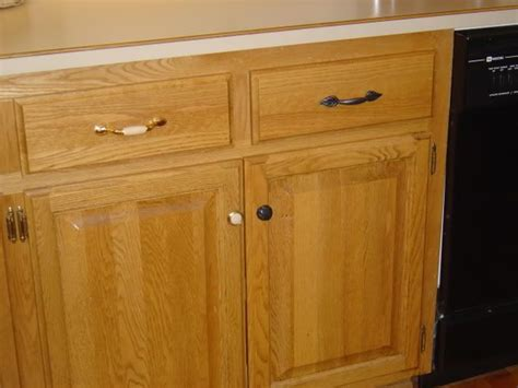 hardware ideas for oak cabinets 64 best images about kitchen for dad on oak