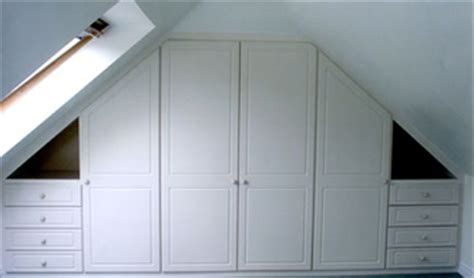 Wardrobe Fitters by Fitting Wardrobes From Custom World