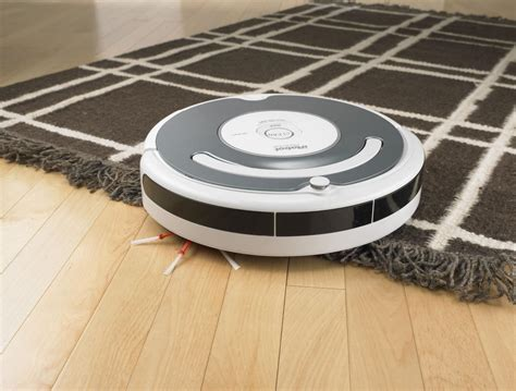 roomba and roomba