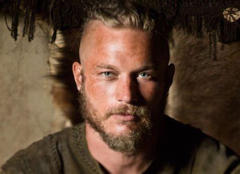 travis fimmel cut his hair 114 best travis fimmel images on pinterest vikings