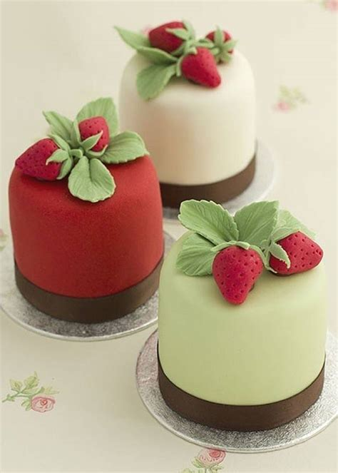 Mini Cakes by Treat Your Guests To Delightful Mini Cakes