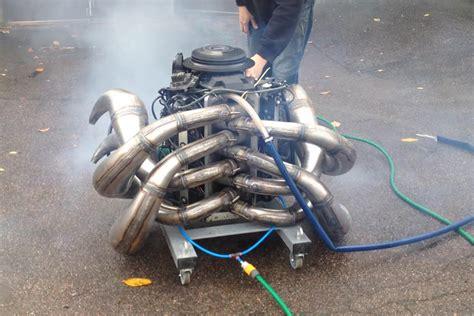 speed boat engine sound video evinrude 300xp two stroke v8 engine sounds insane