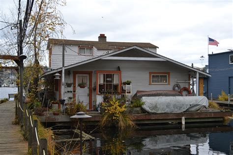 house boat uk file wagner houseboat seattle washington jpg wikipedia
