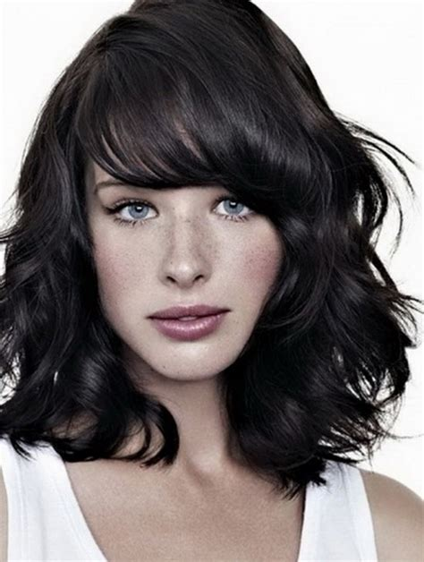medium layered curly bob with bangs medium length curly hairstyles with bangs