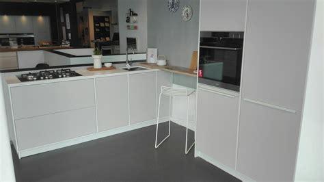 licht in keuken stunning modu keuken in showroom kvik wateringen licht