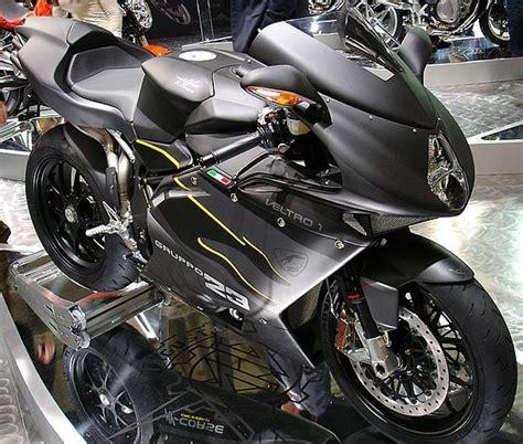 Motorradhersteller Mit B by Mercedes Steigt Beim Italienischen Motorradhersteller Mv