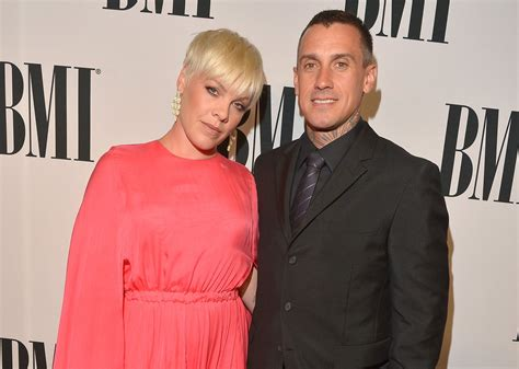 and pink why did pink and carey hart up popsugar
