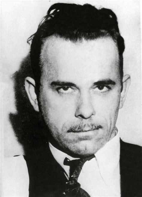 dillinger bank robber dillinger infamous bank robber is killed in 1934