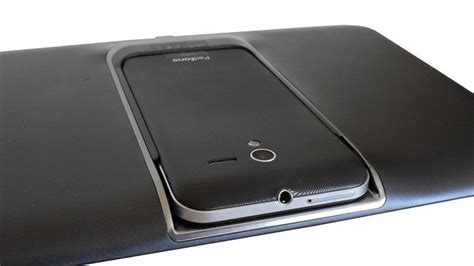 Tablet Asus Padfone 2 review asus padfone 2 phone tablet combo the register
