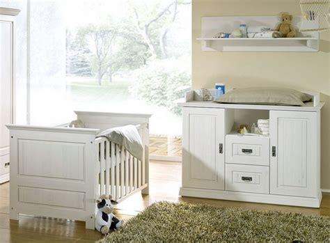Wickelkommode Für Badewanne by Babyzimmer Idee Wickelkommode