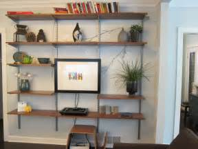 wohnzimmer regale creative wall shelving living room coffee table design
