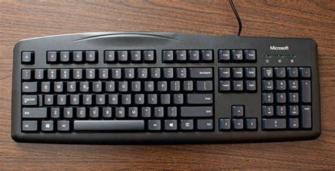 Keyboard Komputer Dan Gambarnya pengertian dan fungsi keyboard yang perlu anda ketahui