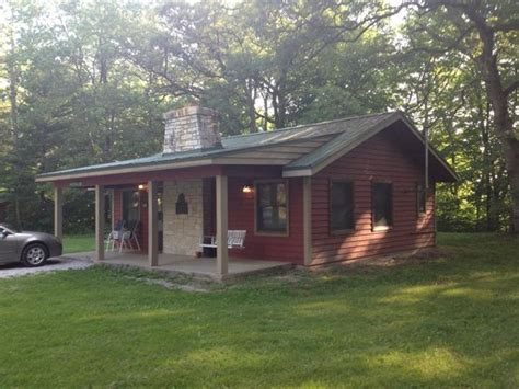 Cabin Cing In Illinois by King Bed Picture Of Kishauwau Country Cabins Near
