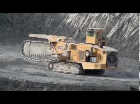 world s largest trencher giant trencher youtube
