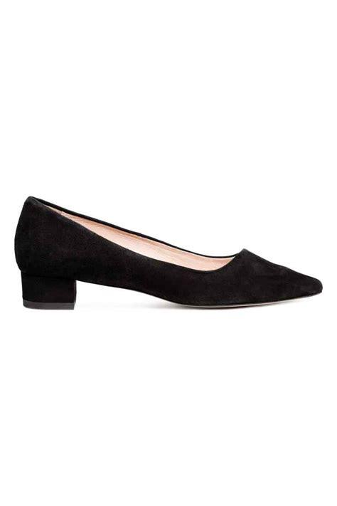 h m suede block heeled court shoes dresscodes