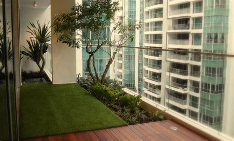 cool balcony garden ideas  transform  man cave